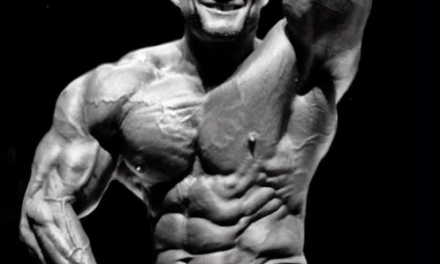 Show off some muscle at body builder event