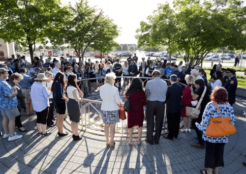 Markham holds vigil to honour Orlando victims