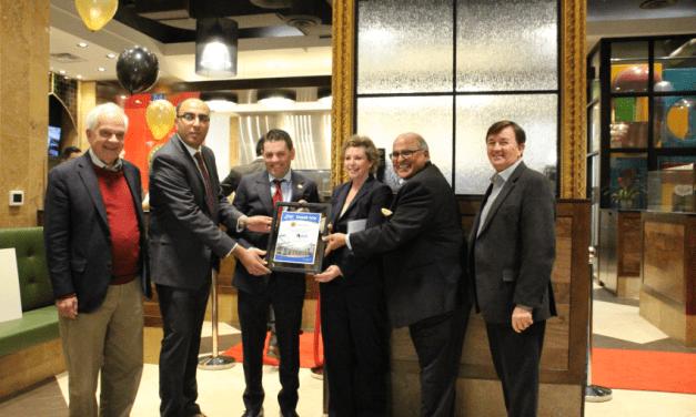Paramount Fine Foods raises money to support the Markham Stouffville Hospital