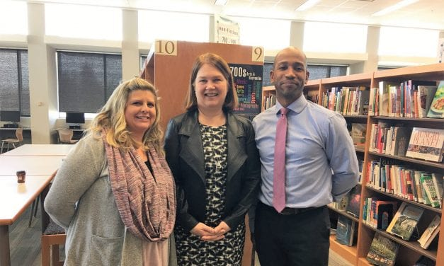 Minister Philpott Encourages Local Students to Give Back