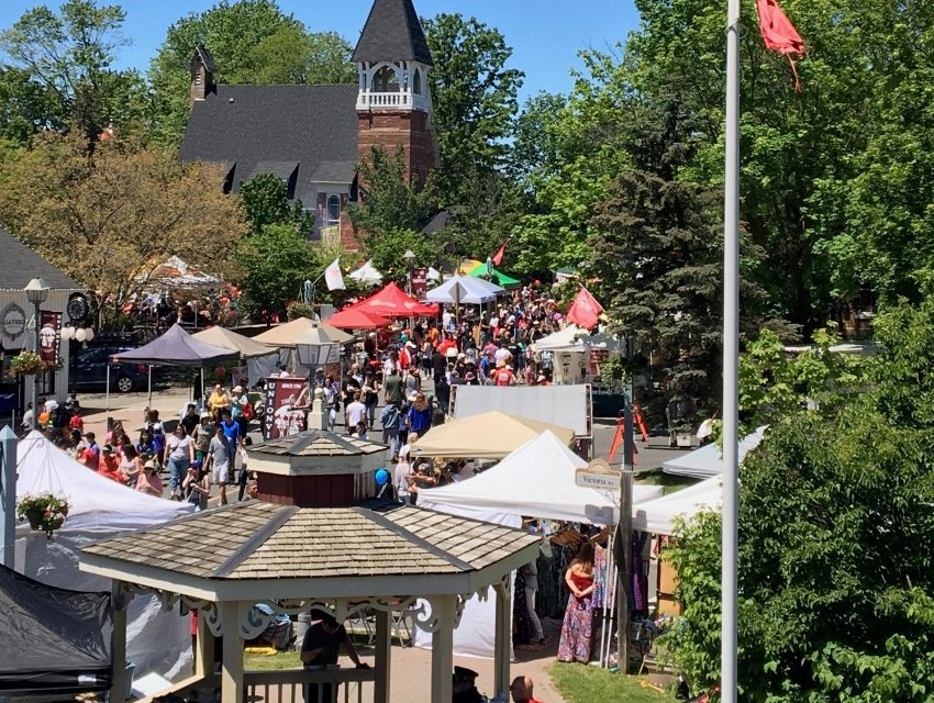 Thousands flock to Unionville Festival