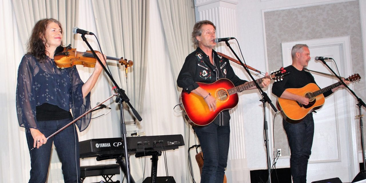 Varley Gala paints the evening Rouge with special guest Jim Cuddy