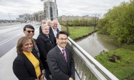 New crossing bridge opens