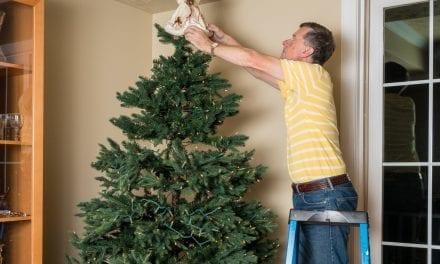 Holiday decoratingsafety tips