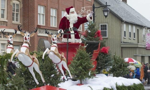 Santa Claus parade: Peace on Earth
