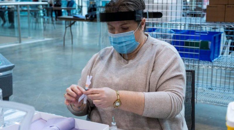 Toronto's COVID-19 immunization clinic opens